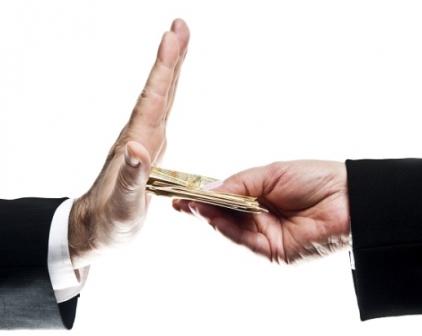 Come la corruzione influisce sul benessere della collettività